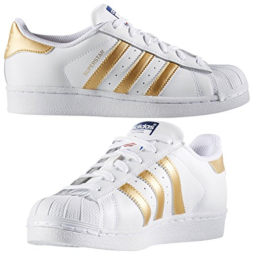 adidas Kids' Superstar J Sneaker, White/Gold Metallic/Blue, 5 M US Big - Of Outlets Chicago Fashion Stores
