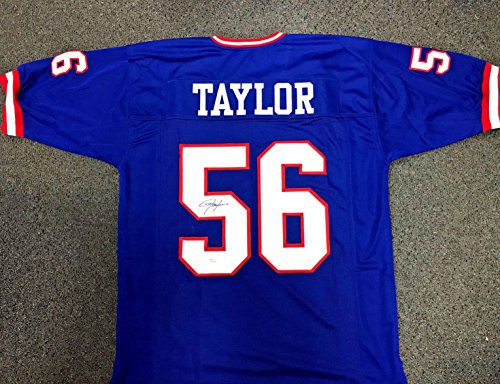 - LAWRENCE TAYLOR NEW YORK GIANTS AUTOGRAPHED JERSEY JSA COA SIGNATURE SIGNED