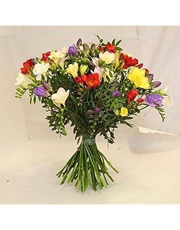 Blumenstrauß Mit 5 Roten Rosen In Weißem Herz Intelligent Farbtraum Valentinstag Ideales Geschenk FüR Alle Gelegenheiten