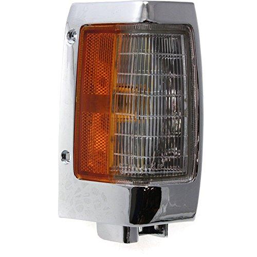 Nissan Pickup Corner Light (Evan-Fischer EVA20572013296 Corner Light for Nissan Pickup 90-97 Corner Lamp RH Assembly W/Chrome Trim Right Side)
