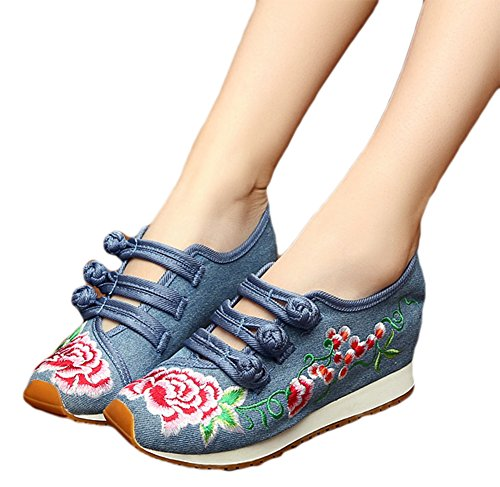 AvaCostume Chinese Embroidery Walking Sneakers