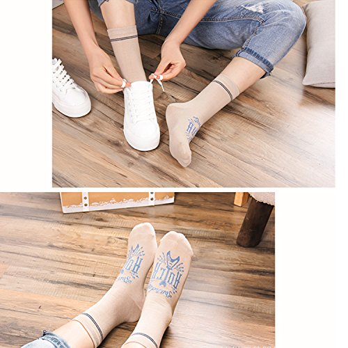 4-5 Pairs Womens Novelty Cute Animal Design Cotton Colorful Casual Crew Socks