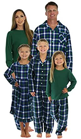 SleepytimePjs Family Matching Winter Green Plaid Pajamas PJS Sets For The Family Infant (STM-3024-I-3017-0-3M)