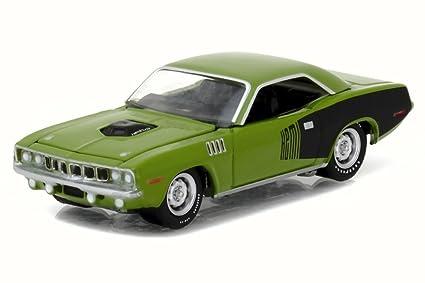 Amazon com: Greenlight 1971 Plymouth HEMI Cuda, Sassy Grass