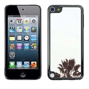 All Phone Most Case / Hard PC Metal piece Shell Slim Cover Protective Case Carcasa Funda Caso de protección para Apple iPod Touch 5 Tree Light Blue Sky Summer