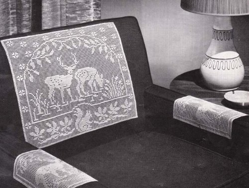 Reindeer in the Forest Filet Crochet Chair Set Pattern or Doily Doilies