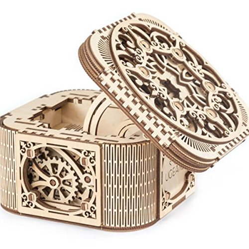 UGEARS 70031Treasure Box 3D Wooden Kit Without Glue