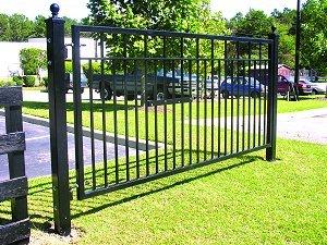 (Mighty Mule G1612-KIT Sanibel Single gate, 12ft W x 5ft H, Black)