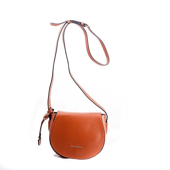 1eb85d2066 Coccinelle borsa a tracolla in pelle ruggine: Amazon.it: Abbigliamento