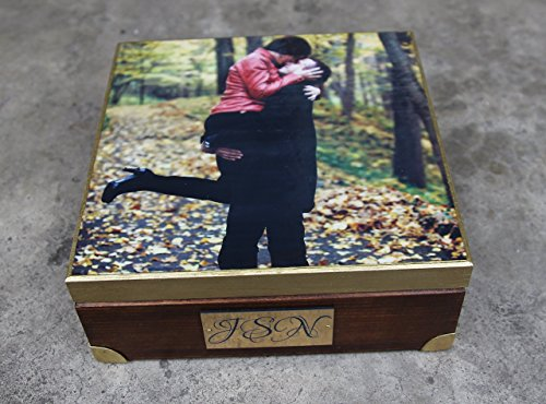 Unique gift, Personalized with a photo wooden box,decorated photo box, personalized gift, keepsake box, vinyl engraved initials