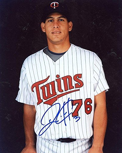 (Wilson Ramos Autographed Photograph - Posed 8x10 - Autographed MLB Photos)