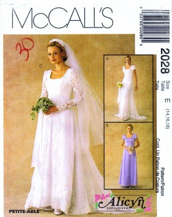 Amazon.com: McCall\'s 2028 Sewing Pattern Alicyn Wedding Gown Size 14 ...
