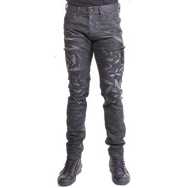eefc3dbbde7 Amazon.com  Diesel Men s D-Tepphar 859F Slim Jeans  Clothing