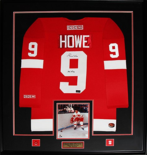 Gordie-Howe-Detroit-Red-Wings-Signed-red-jersey-frame