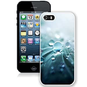 Personalized Phone Case Design with Drop of Water iPhone 5s Wallpaper in White