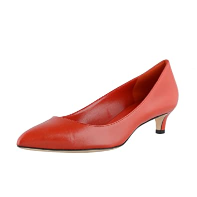 c23b4e849ad Amazon.com  Gucci Women s Red Leather Toe Low Heel Pump 353701 6516 ...
