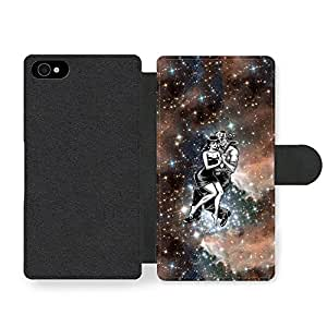 Cool Cute Pixel Lovers in Space Design with Galaxy and Black and White Art Funda Cuero Sintético para iPhone 4 4S