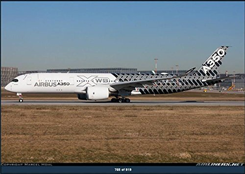 jc-wings-1-200-jc2air935-jcwings-airbus-house-a350-900-1-200-carbon-fiber-livery