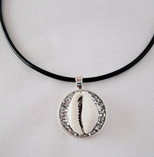 cowrie-shells-necklace-choker-with-3mm-black-cord-leather-african-inspired-jewelry-pendant-18-inches