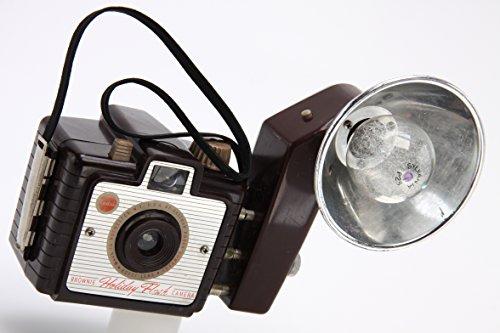 Vintage Kodak Brownie Holiday Flash TLE Camera With Flash