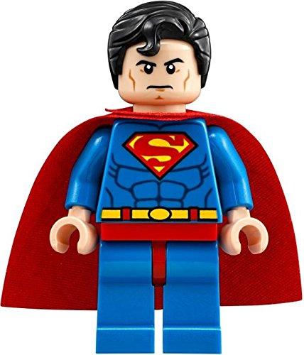 - LEGO DC Comics Super Heroes Minifigure - Superman