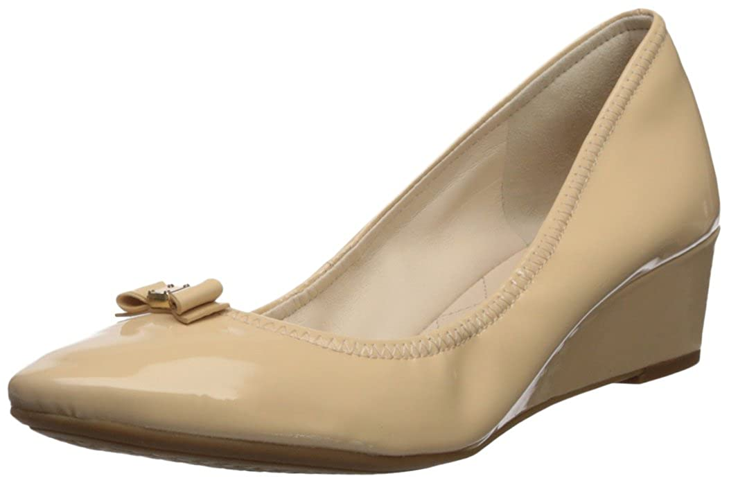 Nude Patent Leather Cole Haan Womens Tali Bow Mini Wedge Pumps