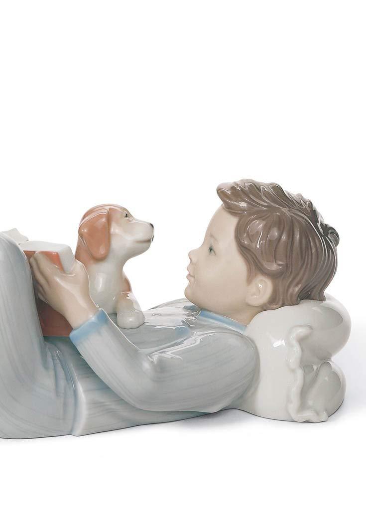 Lladr Shall I Read You A Story Figurine