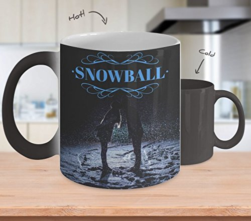 Snowball Color Changing Mug - Winter Coffee Cup Featuring a Couple Kissing in Snow - Perfect Gift