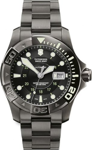 5271229582b5 Victorinox Swiss Army Men s 241356 Dive Master 500 Mecha Automatic Watch