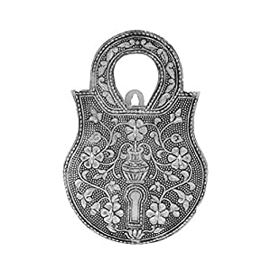 Lock Shape Aluminium Key Holder Handcrafted Showpiece 5 Hooks Vintage Style Floral Design Silver Wall Decor Indian Gift Items
