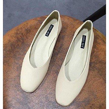 Cómodo y elegante soporte de zapatos de las mujeres pisos primavera verano otoño otros casual de microfibra plana talón otros negro blanco gris de almendro en Walking Almond