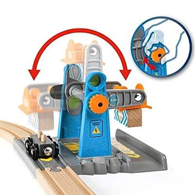 Brio 33827 World-Smart Tech Railway-Harbor Crane: Toys & Games