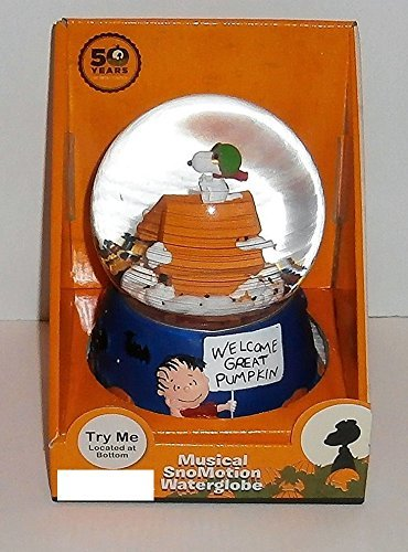 Peanuts Halloween Its The Great Pumpkin Charlie Brown Snoopy Flying Ace Musical Waterglobe -