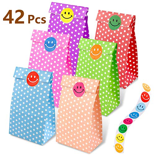 aovowog 45 Pcs Paper Party Bags Grocery Kraft Paper Gift Bags with Sticker for Kids Party Birthday Wedding and Party Celebrations 3 Styles