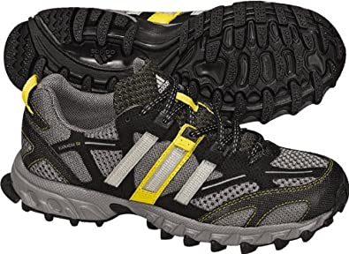 def54bcfe73c adidas Toddler Little Kid Kanadia 3 Running Shoe