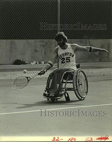 Vintage Photos 1982 Press Photo Will Clark Practicing for The 7th Annual Wheelchair Olympics