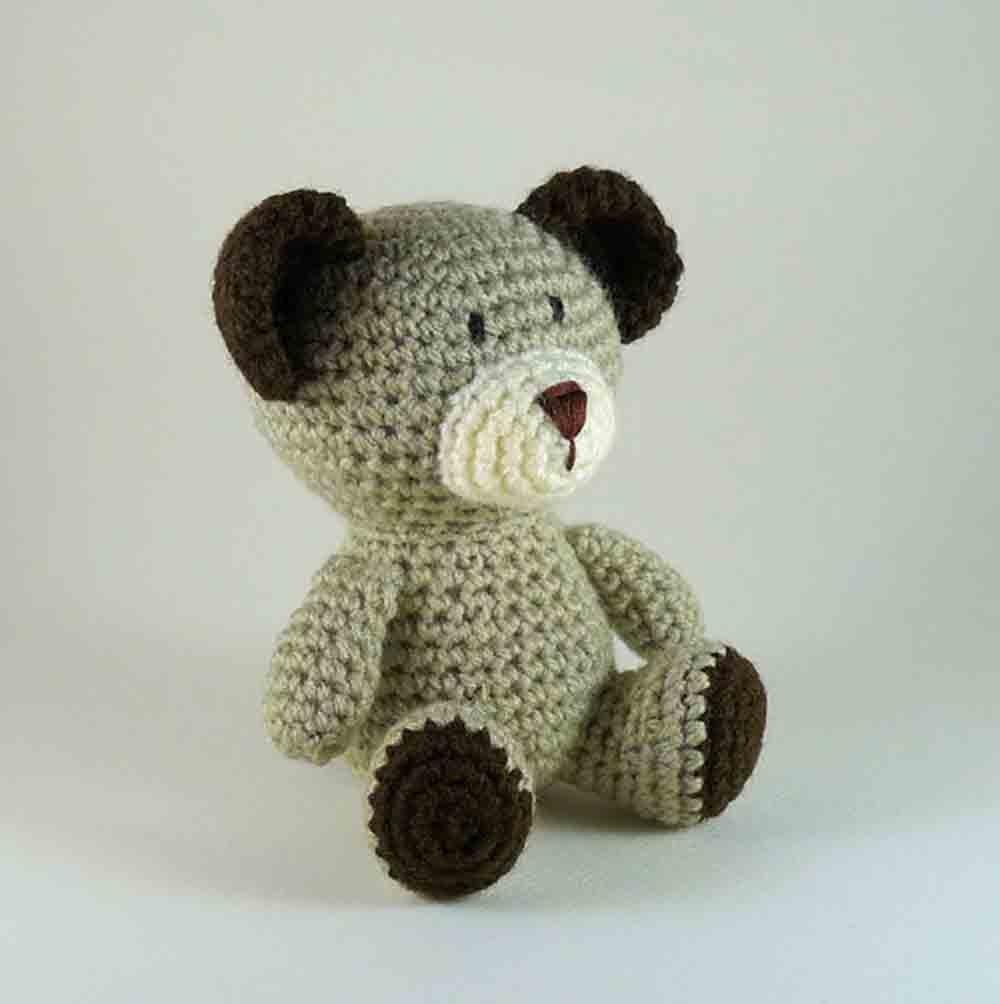 Crochet Teddy Bear Written Pattern and Video | 1004x1000