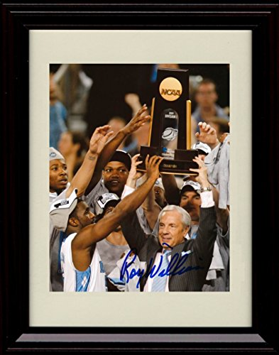 (Framed Roy Williams Autograph Replica Print - North Carolina Tar Heels)