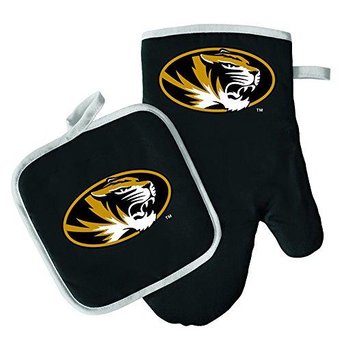 Oven Mitt and Pot Holder Set - Barbeque BBQ Kitchen Backyard Outdoors - NCAA - Missouri Tigers ()