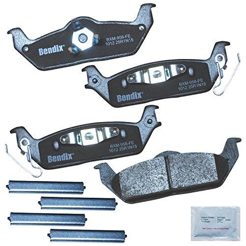 Bendix Premium Copper Free CFM1012 Premium Copper Free Semi-Metallic Brake Pad (with Installation Hardware Rear)