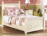 Kids Twin Poster Bed in Cottage Cream Finish