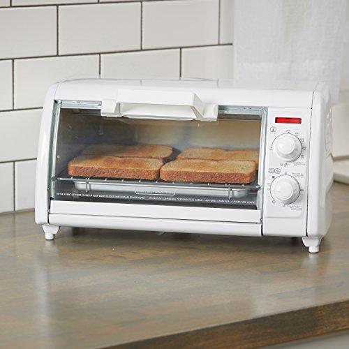 Black Decker Tro420 4 Slice Toaster Oven Includes Bake