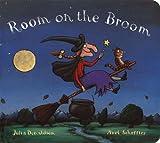 Room on the Broom Board Book, Julia Donaldson, 0803738412