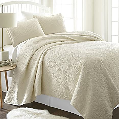 Simply Soft Ultra Soft Damask Patterned Quilted Coverlet 3 Piece Set, Twin/Twin X-Large, Pale Blue ienjoy Home SS-QLT-DA-T-PA
