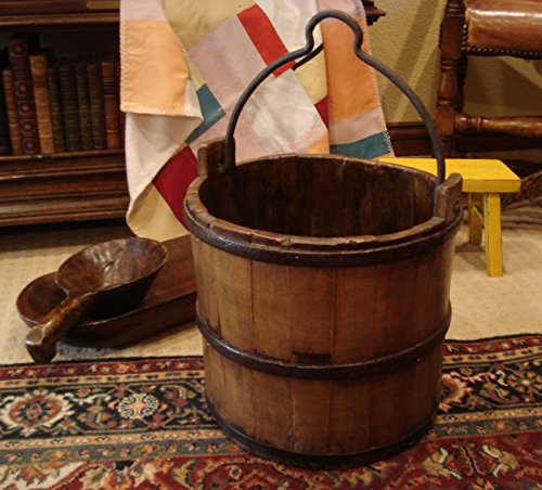 Antique Revival Classic Wooden Water Bucket (Sizes may vary)