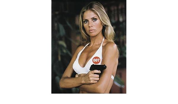 Gun The Britt In 16x20 With Poster Man Ekland Golden 007 zUVGqMSp