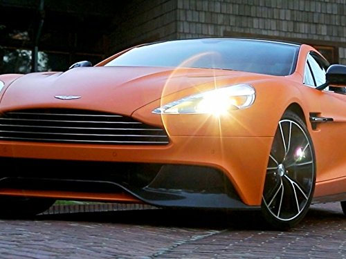 2014 Aston Martin Vanquish: Supercar Looks with GT Moves!