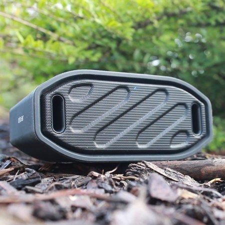 Olixar Waterproof Outdoor Speaker – Bluetooth/Wireless ToughBeats – Rugged – IPX4 – Universal Compatibility