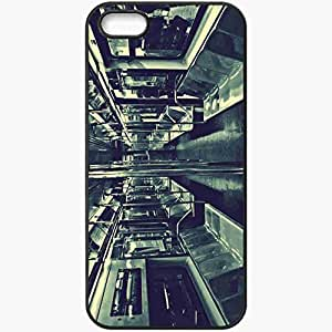 Protective Case Back Cover For iPhone 5 5S Case Metro Old Photo Empty Black