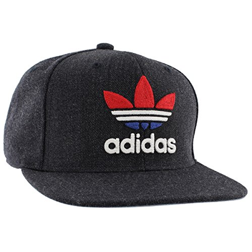 0aeec861605 adidas Men s Originals Trefoil Chain Snapback Cap